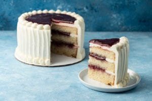 slice fill layer cake
